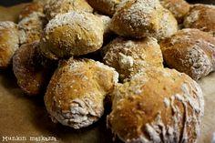 Etsintä on ohitse, tässä on paras sämpyläresepti! Muffin, Bread, Breakfast, Food, Morning Coffee, Brot, Essen, Muffins, Baking