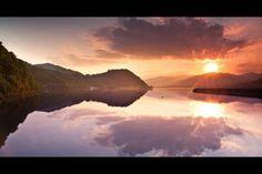 Lacul Batca Doamnei, Piatra Neamt    Foto: Serban Bogdan    Surprising Romania - Împreună promovăm frumusețile României!
