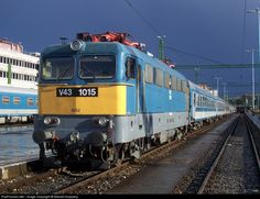 RailPictures.Net Photo: V43 1015 Hungarian State Railways (MÁV) V43 at Budapest, Hungary by Marcell Koppány