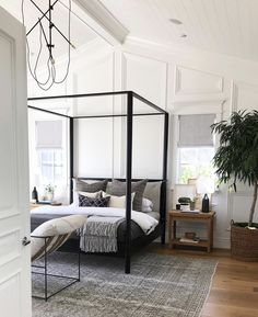Home design shouldn't be a hassle. Homzie online interior design services work with your style and budget. Stress free room design for real people. Home Decor Bedroom, Modern Bedroom, Master Bedroom, Quirky Bedroom, Casual Bedroom, Bedroom Ideas, Bedroom Table, Contemporary Bedroom, Bedroom Inspo