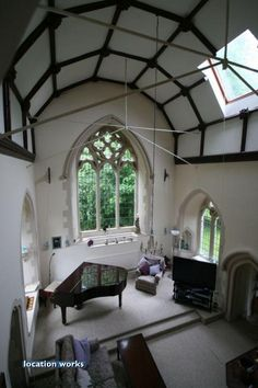 Nice use of space! Must be a little Chapel