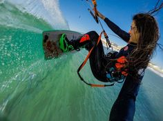 Down Loop Transition – Kite Surf Co Tutorial Pula, Kitesurfing, Surfing Uk, Stand Up Paddle Board, Sup Surf, Skate Surf, X Games, Burton Snowboards, Water Photography