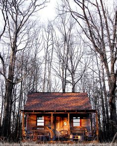 there's something amazing about this. for a city guy, a love the idea of a little cabin out in the woods. isolated somewhere in the wilderness...which is one of my favorite words.