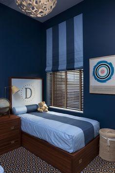 Jennifer Eisenstadt: Fun blue boys' bedroom with David Trubridge - Coral 400 Pendant Lamp, wood twin beds, ...