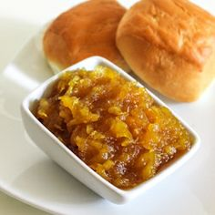 It is the simplest pineapple jam made with 4 ingredients which are pineapple pulp, lemon, sugar and water.