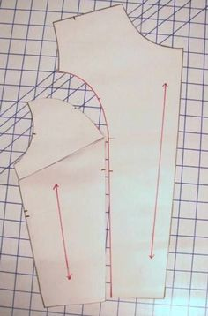 How to Manipulate Darts on a Bodice for Princess Seams - Converting a Basic Sloper to Create Your own Design! Sewing Tools, Sewing Hacks, Sewing Tutorials, Sewing Crafts, Techniques Couture, Sewing Techniques, Pattern Cutting, Pattern Making, Design Your Own Clothes