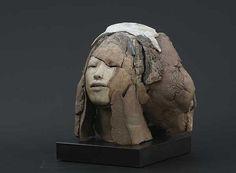"""Broken Face """"Gebarsten Gelaat"""" h 20 cm by Marika Bäumler"""
