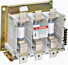 Schneider electric 39 s withdrawable air insulated switchgear for Schneider motor starter selection guide