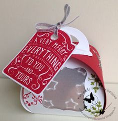 Curvy Keepsake Box Thinlits Dies 135853, Merry Everything Clear-Mount Bundle 137636, Real Red Classic Stampin' Pad 126949, Lucky Stars Textured Impressions Embossing Folders 135817, Old Olive Classic Stampin' Pad 126953, Silver Stampin' Emboss Powder 109131, Heat & Stick Powder 100625, Heat Tool 129055, Silver Stampin' Glitter 133756