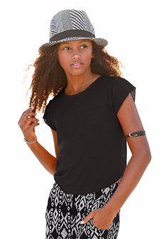 Produkttyp , T-Shirt, |Farbe , Schwarz, |Materialzusammensetzung , Obermaterial: 100% Viskose, |Passform , Basic-Form, |Schnittform/Länge , gerade, |Ausschnitt , Rundhals, |Ärmelstil , Kurzarm, |Armabschluss , Kante abgesteppt, |Saumabschluss , abgerundet, |Pflegehinweise , Maschinenwäsche, |Auslieferung , liegend, | ...