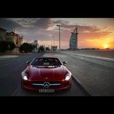 Sunset in Dubai - Mercedes Benz SLS AMG
