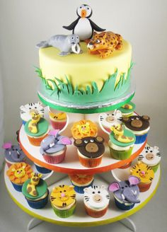 Animal themed cupcake tower with handmade fondant decorations and fondant cake toppers. Custom Birthday Cakes, Custom Cakes, Queen Cakes, Fondant Cake Toppers, Kelly S, Fondant Decorations, Themed Cupcakes, Take The Cake, Cake Ideas