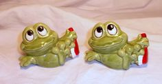 Bathing Frogs Salt & Pepper Shakers