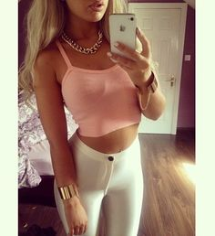 white Brazilian jeans with a pink crop top Teen Fashion, Fashion Beauty, Fashion Outfits, Womens Fashion, Classy Fashion, Fashion Styles, Pretty Outfits, Cute Outfits, Casual Outfits
