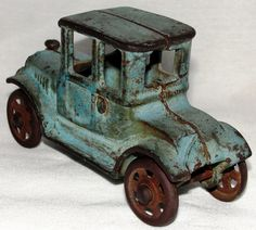 1920's A.C. Williams Cast Iron Model T Toy Car