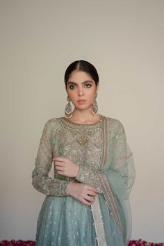 Explore our exclusively designed collection. Buy unstitched & ready to wear designer clothing online. Beautiful Pakistani Dresses, Pakistani Formal Dresses, Pakistani Dress Design, Indian Dresses, Pakistani Fashion Party Wear, Pakistani Wedding Outfits, Indian Fashion, Wedding Attire, Frock Fashion