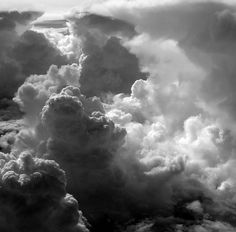 How to Photograph Clouds - this is a great read for anyone looking to get into photography! #photography #clouds #artwork