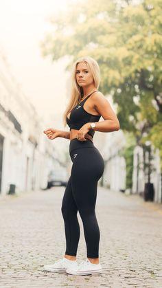 Essential workout wear. Gymshark Athlete, Grace Beverley, styling the Women's Dreamy Leggings in Black. #gymsharkwomen