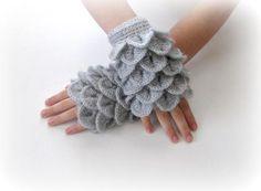 Gants sans doigts gris gris Trendy Grily Teenie par Iovelycrochet, $32.00