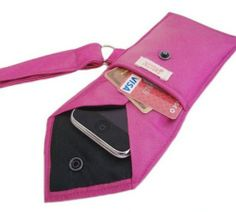 DIY Turn a Men's Necktie into a 2-Pocket Wristlet. Thrift store ties and cute for going out or as gifts to friends - Casual Crafter old ties, sewing machines, craft, wristlets, men neckti, gift ideas, phone cases, 2pocket wristlet, neck ties
