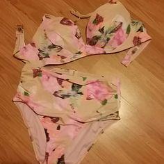 Brand new swim suit Pink 36 c with colors and medium bottom Victoria's Secret Swim Bikinis