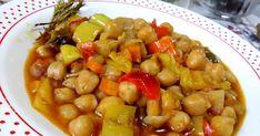 Ρεβιθάδα φούρνου με χρώματα και αρώματα... λουκουμάκι 😋 Υλικά 1/2 κιλό ρεβίθια 3 κρεμμύδια σε κυβάκια 2 ντομάτες σε κύβους χωρίς ... Black Eyed Peas, Food, Eten, Meals, Diet