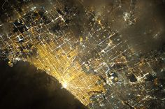 What does Earth look like from more than 200 miles above? These photos, taken by astronauts on the International Space Station, show what our world's cities look like from the heavens at night. Space Photography, Fine Art Photography, Chicago At Night, Astronauts In Space, International Space Station, The Weather Channel, World Cities, Night City, Yesterday And Today