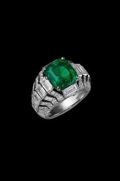 Tendance Bracelets CARTIER. Oracle Ring. Cartier Magicien; Haute Joaillerie Fine Jewelry... ~CRV~