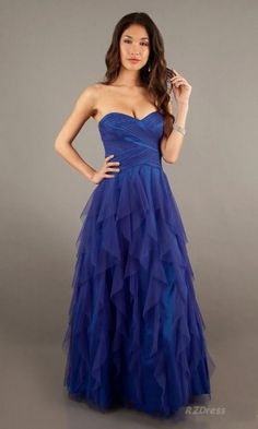 Pair with a silver (either sparkly or shiny) pumps/heels