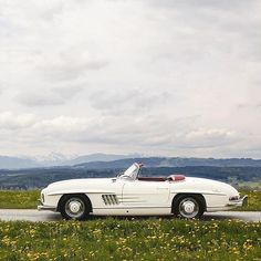 Mercedes Benz #300SL #Roadster. Pic taken in Bavaria/Germany. Via instagram (hkengineering) / #300SLRestorations #BruceAdams190SL