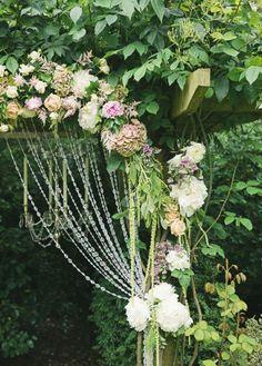 arcos-de-flores-na-decoração 17