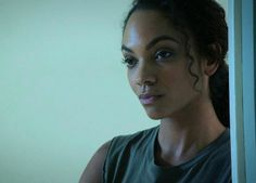 SLEEPY HOLLOW  Lyndie Greenwood #SleepyHollow SleepyHollowFox #RenewSleepyHollow  Watch now FoxNow/Hulu