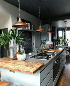 Fun and Fresh Decor Ideas to Make Your Kitchen Wall Looks Amazing Interior Design amp; Decor sur : Inspiring Kitchen in London by Mad Cow I. Decor sur : Inspiring Kitchen in London by Mad Cow I. Kitchen Inspirations, Interior Design Kitchen, Home Remodeling, Interior, Kitchen Design Small, Minimalist Kitchen, Fresh Decor, Kitchen Remodel, Home Decor