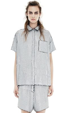 dont kill your skin while curing acne Androgynous Fashion, Tomboy Fashion, Dope Fashion, Womens Fashion, Tomboy Style, Fashion Details, Blouses For Women, Street Style, Style Inspiration