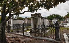 https://flic.kr/p/fKLGM3 | nola magnolia | Lafayette Cemetery Number 1  (1832).    New Orleans, Louisiana.