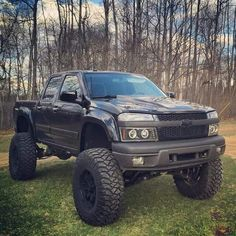 Badass little Chevy Colorado Lowered Trucks, Lifted Chevy Trucks, Gm Trucks, Chevrolet Trucks, Diesel Trucks, Cool Trucks, Pickup Trucks, Chevy Duramax, Chevy Colorado Lifted