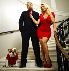 """(Photo) Ice T, Coco & Spartacus Gear Up For Season 2 Of """"Ice Loves Coco""""! on In Flex We Trust – Ice T, Coco and their dog, Spartacus, are ready for… Ice T And Coco, Bulldog Pics, Bulldog Puppies, Couples In Love, Mixed Couples, Cutest Couples, Power Couples, Famous Couples, Famous Celebrities"""