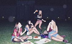 girl, grunge, and pizza -kuva