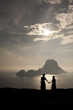 Ibiza #cabinmax http://cabinmax.com/en/leisure/30-cabin-max-packable-backpack-0616983191958.html