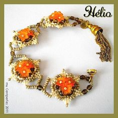 Free pattern Heelio by Centperles - if I ever find these bell flower beads