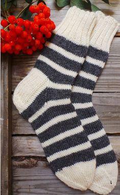 Check out Striped Cream and Grey Socks by Granny. Hand knitted with Wool & A… Check out Striped Cream and Grey Socks by Granny. Hand knitted with Wool & Acrylic blend. Wool Socks – Walking Socks – Lounge Socks – Bed Socks on handcraftedbyevakuno Wool Socks, Knitting Socks, Hand Knitting, Seamless Socks, Walking Socks, Free Dobby, Bed Socks, Yarn Colors, Knitting Projects