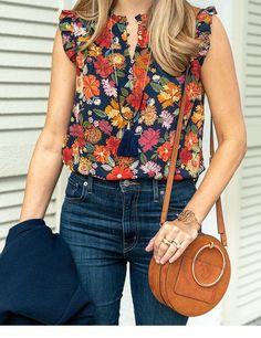 Blusa manga larga flores y pantalón tiro alto