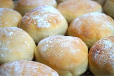 Fika, Bread Baking, Bread Recipes, Hamburger, Sweets, Breakfast, Corner, Drink, Inspiration
