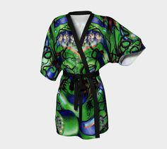 The perfect gift!Bathrobes have always made a great gift for loved ones. Our new kimonos are an artistic twist on the classic robe which makes giving them extra
