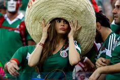 A tips - indianbet bet-stoixima Hot Football Fans, Football Girls, Soccer Fans, Soccer World, World Football, Soccer Game Outfits, Fifa, Soccer Cup, Hot Fan