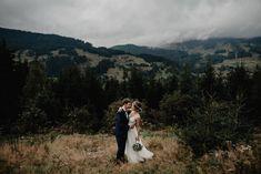 Mountain wedding in Austria #mountainlovers #mountainwedding #weddinphotography #destinationwedding Grand Canyon, Destination Wedding, Couple Photos, Couples, Nature, Beautiful, Church Weddings, Registry Office Wedding, Faith