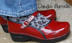 Dansko Marcelle clog - See full review and 1000s of other comfortable reviews at BarkingDogShoes.com