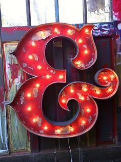Vintage Neon Sign best néon, great ilumination, must have néon, stylish design, letter colection Marquee Letters, Marquee Lights, Sign Letters, Typography Letters, Typography Design, Ampersand Sign, Vintage Typography, Neon Licht, Licht Box