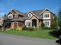 Exterior House Colors Brown mommy erica: house hunters: the julkowski edition, exterior house