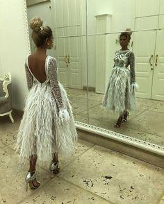 Wedding Reception Dress Burgundy 19 Ideas For 2019 Evening Dresses, Prom Dresses, Wedding Dresses, Kids Fashion, Fashion Outfits, Ladies Fashion, Feather Dress, Couture Dresses, Couture Fashion
